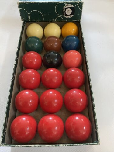 Aramith Snooker Billiard Balls 1 and 7/8 Set of 10 reds + Colours and Billard White