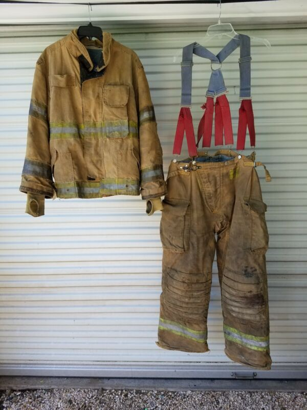 Vintage WVFD Janesville Firefighter Turnout Bunker Jacket & pants size 4229R