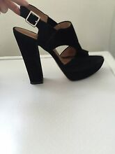 Ladies size 6 1/2 heels Alexandra Headland Maroochydore Area Preview