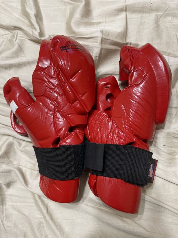 One Set Of RedMan XP Gloves Boxing Mma