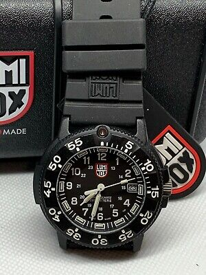 Luminox Navy Seal Colormark 3000 Series Diver XS.3001 Watch