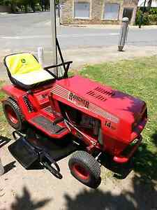 Rover rancher14hp ride on mower Mount Pleasant Barossa Area Preview