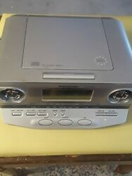 Panasonic RD-CD300 AM/FM Radio Clock Alarm CD Player Electric Silver