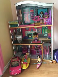 Barbie House & Accessories