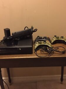 Xbox 360 good condition 4 games and many accessories