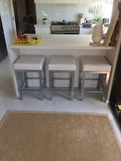 Bench stools x 4 white chrome legs