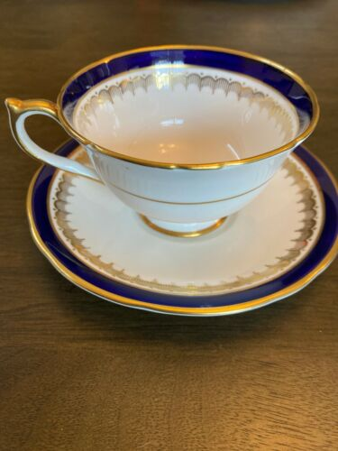 Set of 14 - Aynsley England Bone China Embassy Colbalt Blue & Gold Cups & Saucer