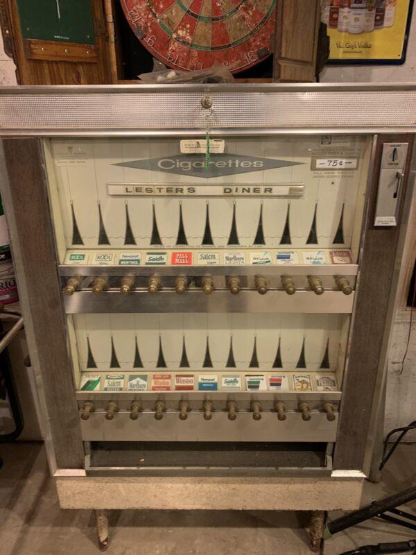 Cigarette Vending Machine Working vintage National 222