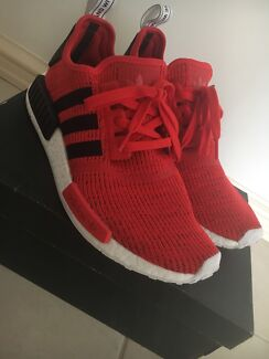 Adidas nmd r1 core red us10.5