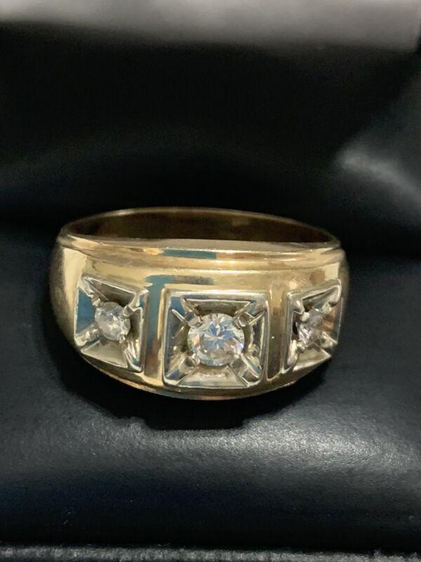 Mens 14kt. Yellow Gold Diamond Ring Size: 9  Vintage