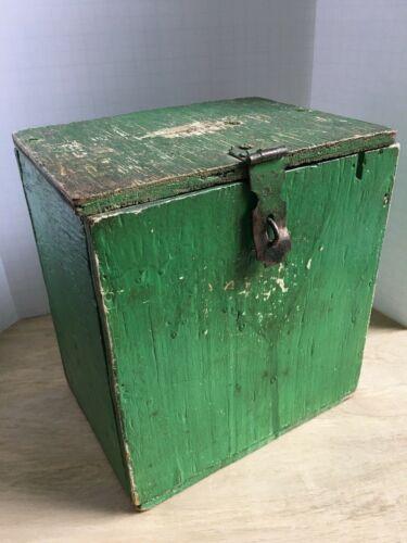 "Vintage Wood Green Painted Ballot Box Raffle Distressed Lock Latch 9""x8""x6"""