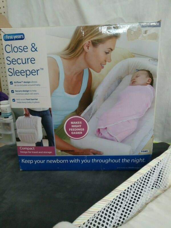The First Years Cozy Baby Sleeper, Portable and Washable Infant Bed preowned