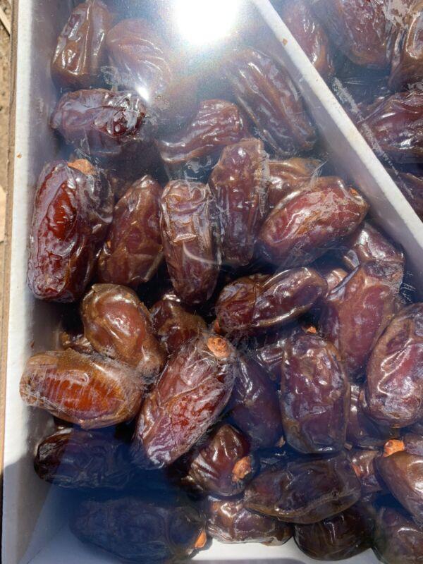 Fresh California  Medjool Dates - 5 LB Box -California Dates-Natural Grown
