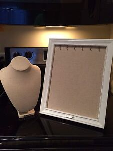 Stella & Dot Neck Form and Frame