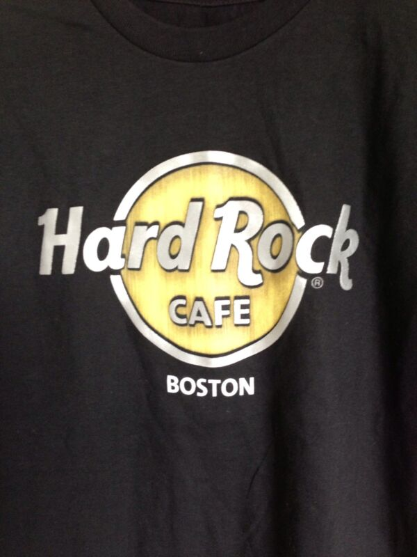 Hard Rock Café Boston Black T-Shirt Small With Tags Gold Silver Logo