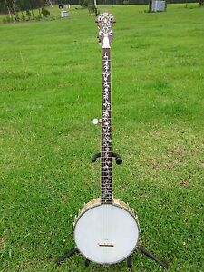 "Banjo.. American custom ""Sholo"" long neck Bulahdelah Great Lakes Area Preview"