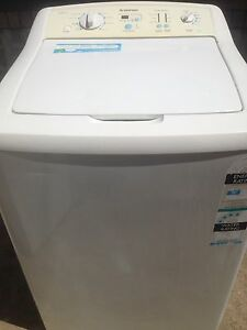 WASHING MACHINE SIMPSON 9.5KG SIMPSON TOP LOADER Pendle Hill Parramatta Area Preview
