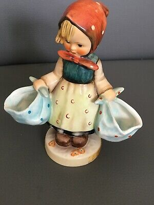 VINTAGE HUMMEL FIGURINE -  MOTHERS DARLING GIRL NO 175 - GIRL WITH 2 CLOTH BAGS