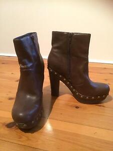 Near new brown boots size 7 Cranebrook Penrith Area Preview