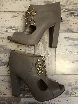 Kat maconie Grey Heels Gold Detail Size 7 40