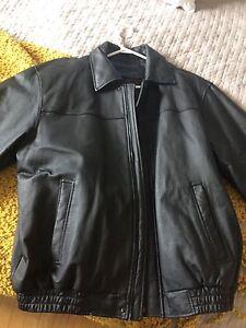 Manteau de cuir de qualité