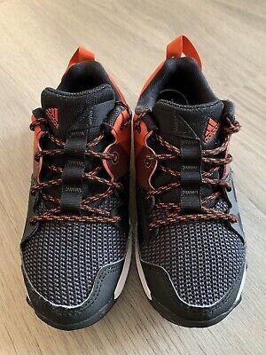 Adidas TR8 Kanadia Trainers Black/Red - Child/Boy Size: UK 12.5 EU 31