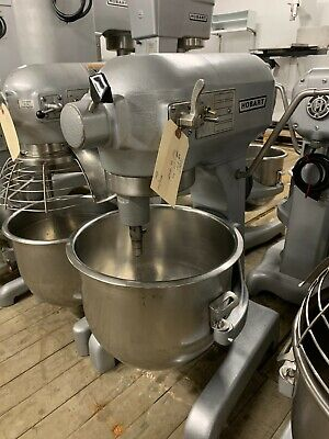 Hobart 20 Qt Mixer With Ss Bowl And Attachments