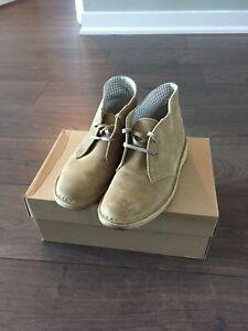 Clark's Desert boots women 7.5