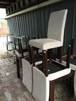 Dining room table and chairs, 7 piece setting Herne Hill Geelong City Preview