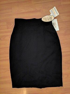 Emanuel by Emanuel Ungaro DESIGNER Black Fully Lined Skirt - Size 2 - MSRP $195
