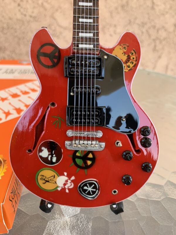 Alvin Lee / Ten Years After - Exclusive Mini Guitars / 1:4 Scale
