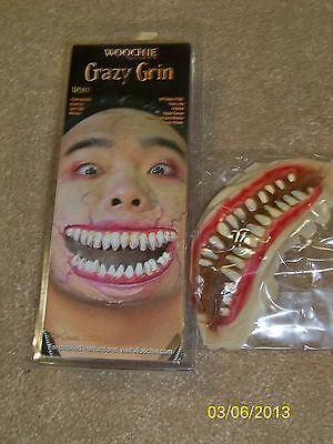 CRAZY GRIN MONSTER TEETH MOUTH LATEX PROSTHETIC COSTUME MAKEUP CSWO307 - Halloween Monster Mouth Makeup