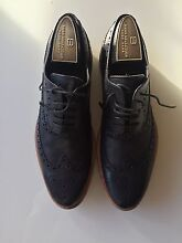 Hugo Boss shoes. Size 42 (7) Albert Park Port Phillip Preview