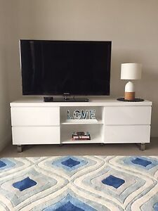Vogue Entertainment TV Cabinet 6 mths old RRP$399 Ryde Ryde Area Preview