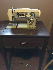 Viking sewing machine London Ontario image 1