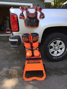 Fox Mx boots stand chest protector ktm
