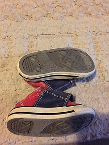 Size 5 Converse boy's sneakers