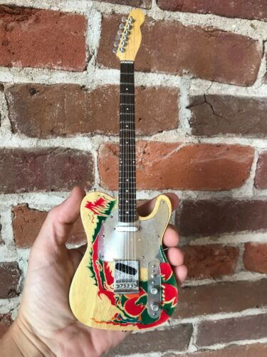 Jimmy Page Guitar Led Zeppelin Collectible Fender Tele Dragon Guitar Mini Guitar