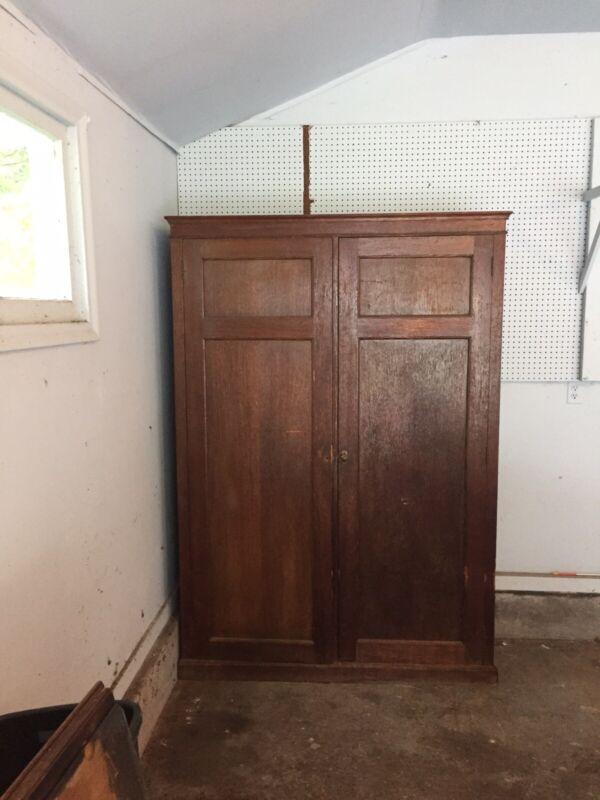 Antique Oak Irving Casson A.H. Davenport Wardrobe Closet Armoire Furniture 1296