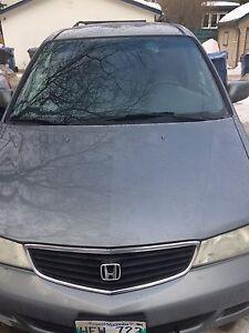 Honda Odyssey $ 1000 OBO!!!!