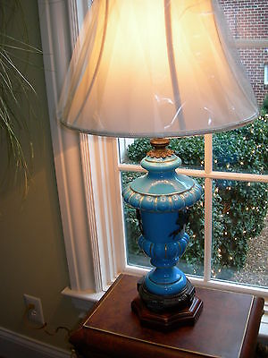 Theodore Alexander Cornflower Blue Porcelain Black Bows Burl Table Lamp ()