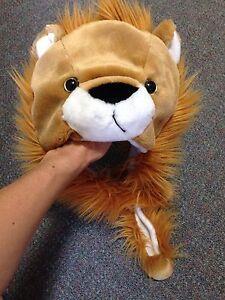 Lion dress up/ costume hat. Parramatta Parramatta Area Preview
