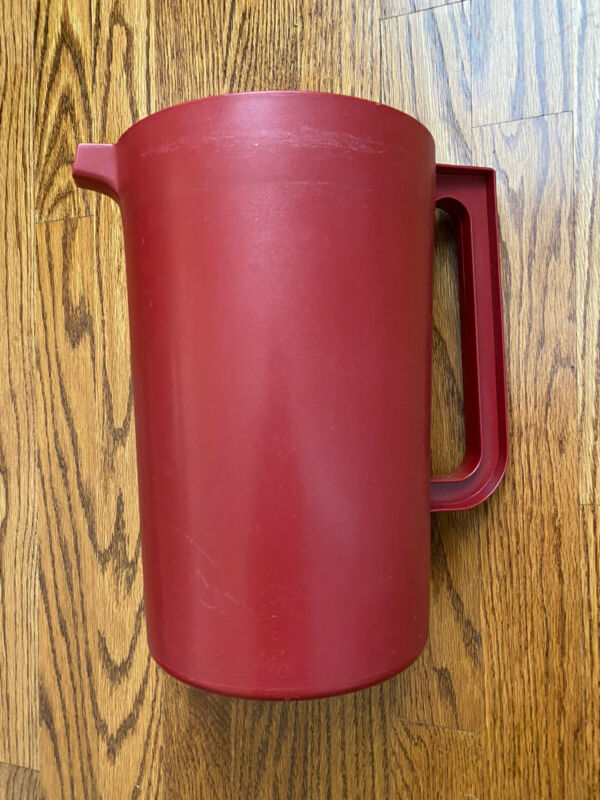 Vintage Tupperware Red 1 Gallon Pitcher #1416-3 White Push Button Lid Nice
