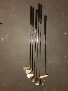 Moving sale - Ladies golf clubs like new