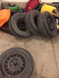 265/70/R17 tires. 50% remains. 5 hole Rims included