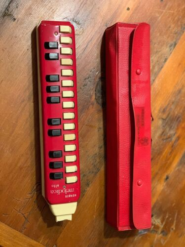 Vintage HOHNER MELODICA ALTO With Original CASE Red White