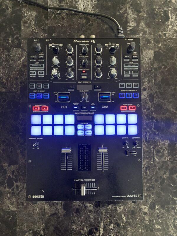 Pioneer DJ DJM-S9 2-Channel Mixer w/ MAGMA CASE