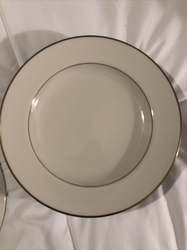 SET OF 7 DIPLOMAT HOMER LAUGHLIN WHITE CHINA GOLD RIM 10 Inch LUNCHEON PLATES