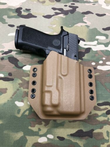 Coyote Tan Kydex Holster for Sig Sauer P320 X-Carry Streamli