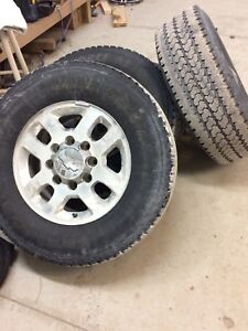 Chevy 2500 Hd rims and tires